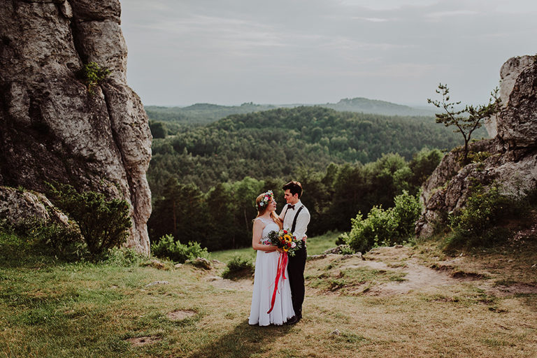Kasia + Wojtek – Plener ślubny na skałkach
